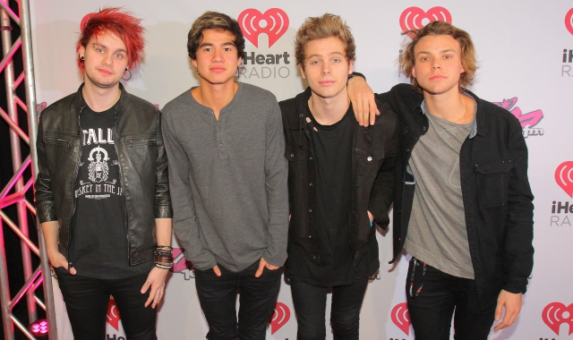 5 seconds of summer, uk, band, artist, performance, billboard, youtube